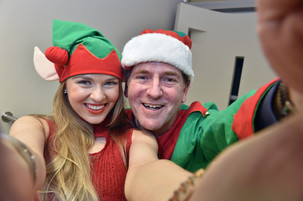 Zoe Elfs Out With Christmas Fundraiser!